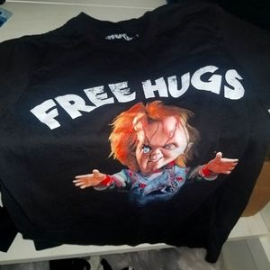 Free Hugs Chucky shirt small